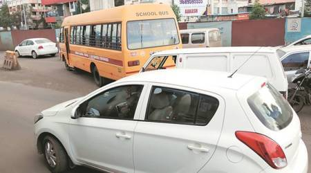 Pune-Mumbai highway: Phugewadi stretch becomes main hurdle for traffic movement