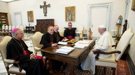 Pope Francis meets US church leaders, orders inquiry into bishop accused of sexual misconduct