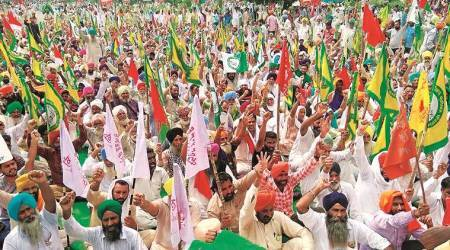 Elgaar Parishad case: Left-backed employees' unions protest, demand rights activists'release