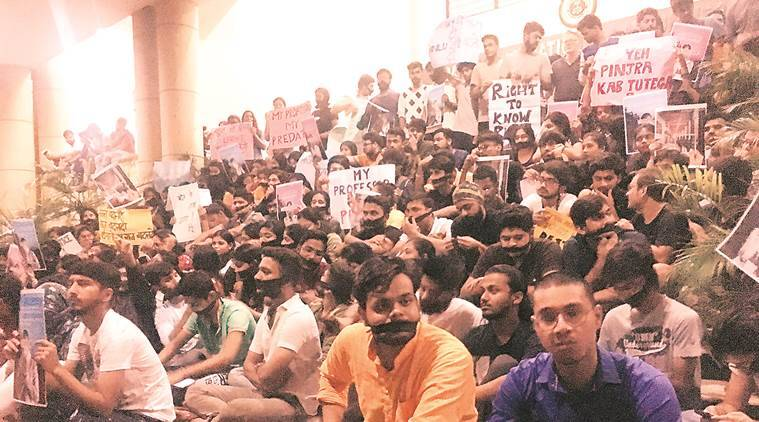 As reinstated V-C returns, Raipur varsity students protest again