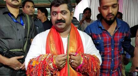 BJP MLA apologises for 'will kidnap girls' remark