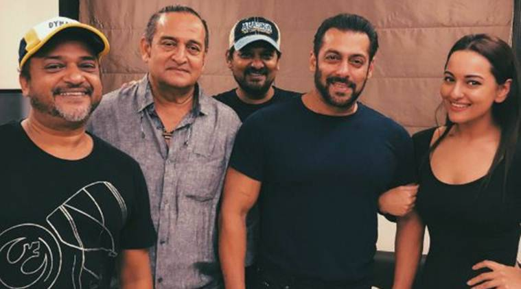 salman khan and sonakshi sinha team up for dabangg 3