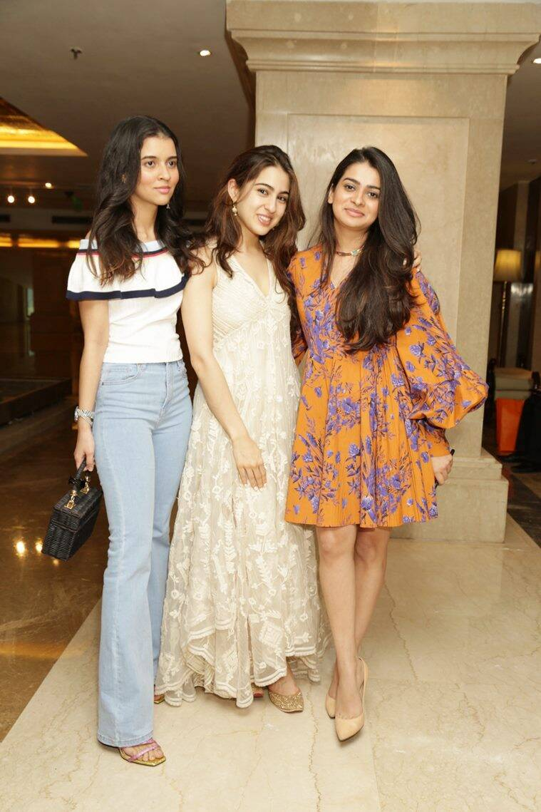 Sara Ali Khan, Sara Ali Khan fashion, Sara Ali Khan updates, Sara Ali Khan latest photos, Sara Ali Khan style, Saif Ali Khan maxi dress, Sara Ali Khan latest news, celeb fashion, bollywood fashion, indian express, indian express news