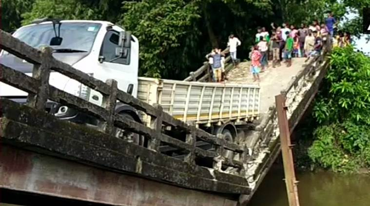After Majerhat, another bridge collapses in West Bengal's Siliguri; one injured