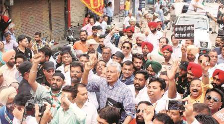 Bharat Bandh: Gurdaspur MP Sunil Jakhar leads protest march in Jalandhar