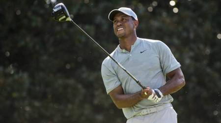 Tiger Woods, Justin Rose tied for halfway lead at Tour Championship
