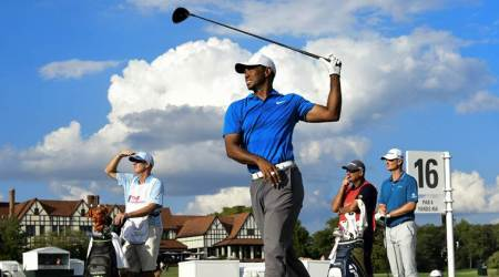 Tiger Woods on brink of breaking title drought at Tour Championship