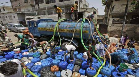 With water tank lying idle, 15,000 still depend on dailytankers