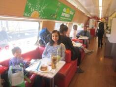 Surviving long haul journeys with kids: A mom's guide to stress-freetravel