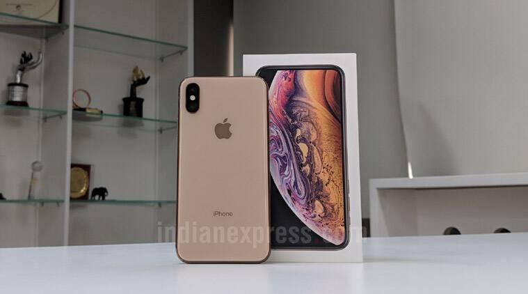 Apple iPhone XS, iPhone XS skin smoothing, iPhone XS camera, iPhone XS camera photos, iPhone XS skin smoothing issues, iPhone XS Max, iPhone XS skin camera issues, iPhone XS Max charging issues