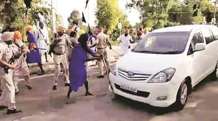 Sukhbir Singh Badal convoy attacked inSangrur