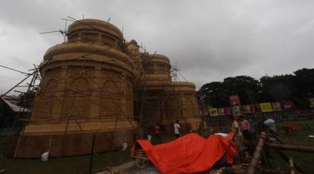 As cyclone Titli looms, idol-makers, pandal decorators work overtime