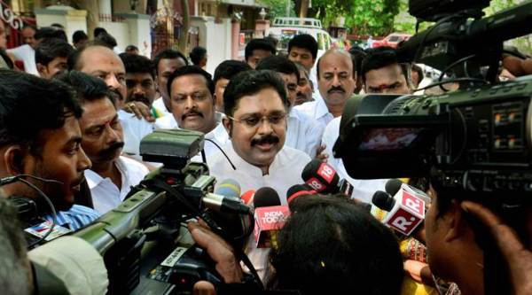 Disqualification of his 18 rebel MLAs upheld by HC, TTV Dhinakaran favours bypolls