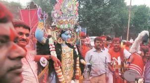 This Year Devotees bring West Bengal to Pune for DurgaPuja
