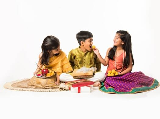 Making cards to decorating thalis: 10 things kids can do this festiveseason