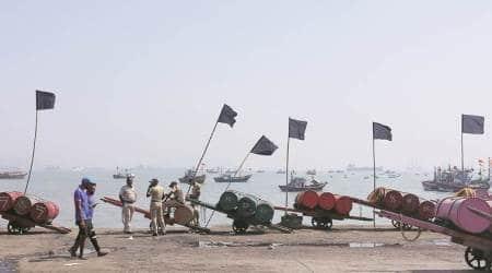 Mumbai, Mumbai fishermen protest, fishermen demands, Mumbai news, traffic corridor, traffic corridor along arabian sea, traffic corridor for mechant vessels, indian express