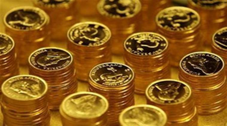 gold price, rise in gold price, global trade, weakening rupee, rupee fall, bullion traders, jewelry rate, gold rate, indian express, economy news