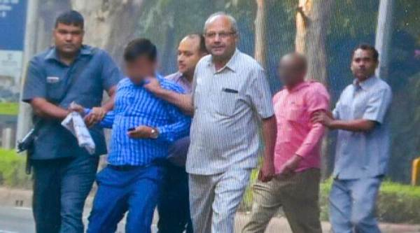 Four Intelligence Bureau men held outside Alok Verma home, charges of snooping fly