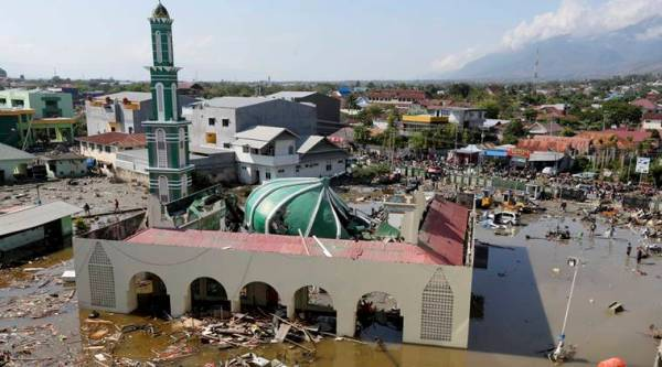 indonesia earthquake tsunami death toll, rescue efforts