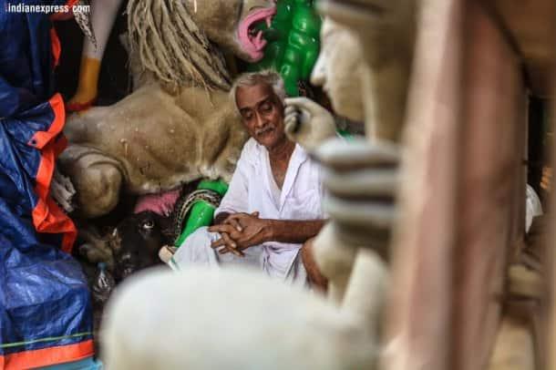 Durga Puja 2018: Meet Kumartuli's oldest idol maker
