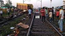 Madhya Pradesh: Two coaches derailed as truck rams into Trivandrum-Rajdhani Express, driver dead