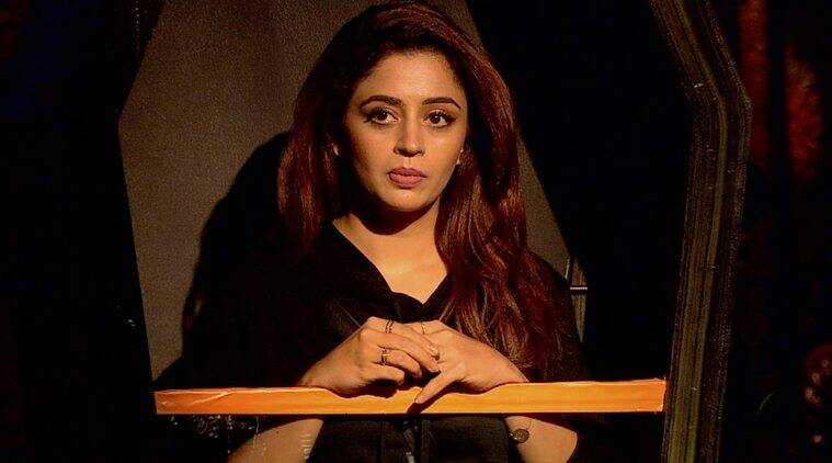 nehha pense evicted from bigg boss 12