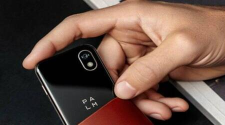 Palm makes comeback with credit card-size Android smartphone