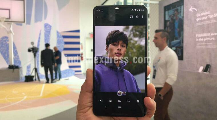 Google Pixel 3 XL, Pixel 3 XL price in India, Google Pixel 3 XL specifications, Pixel 3 XL India sale, Google Pixel 3 XL features, Pixel 3 XL vs Pixel 2 XL, Pixel 3 XL availability, Pixel 3 vs Pixel 3 XL, Pixel 3 XL launch