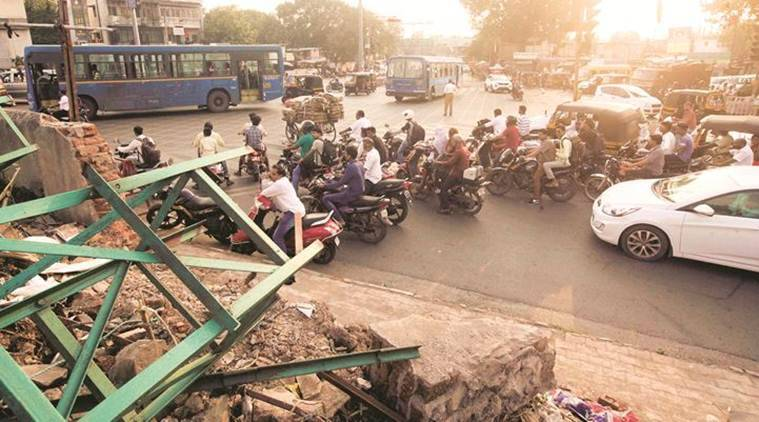 Contractor, rail staff arrested for Pune hoarding collapse get bail