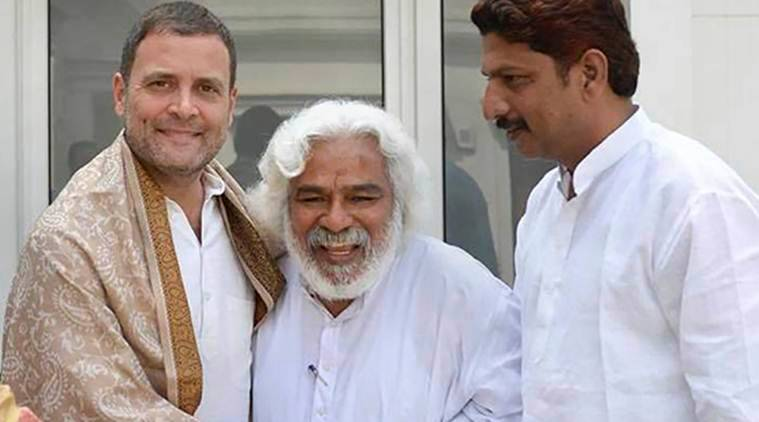 Telangana activist Gummadi Vithal Rao meets Gandhis: 'May fight KCR if other parties want'