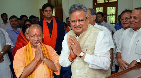Chhattisgarh Assembly elections 2018: Raman Singh files nomination, touches Yogi Adityanath's feet