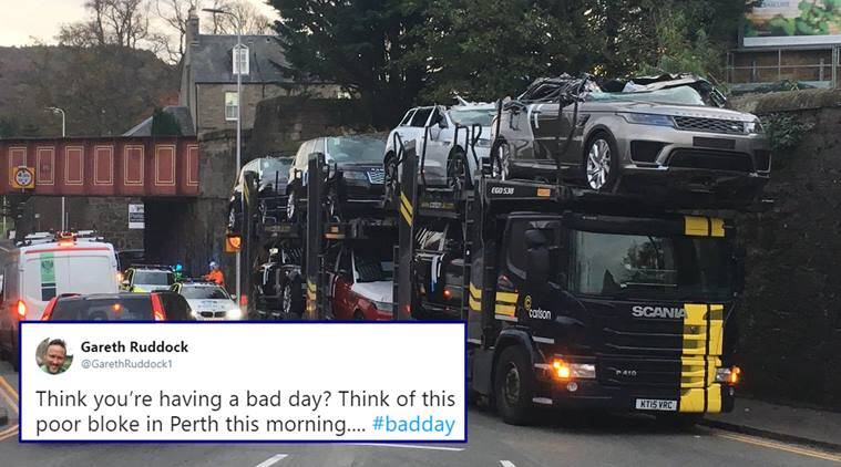 Oh No Roofs Of New Jaguar Range Rovers Ripped Off As Transporter