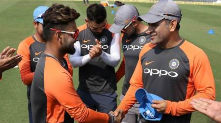 Pant makes ODI debut, receives cap from Dhoni