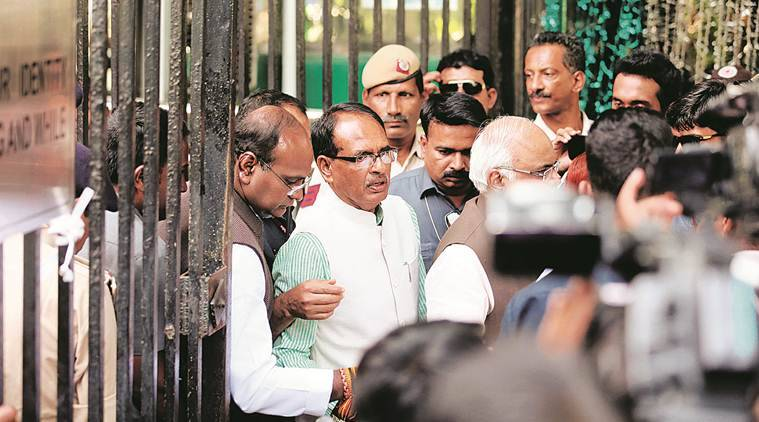 In rural MP, Shivraj Singh Chouhan battles calls for change with schemes for poor
