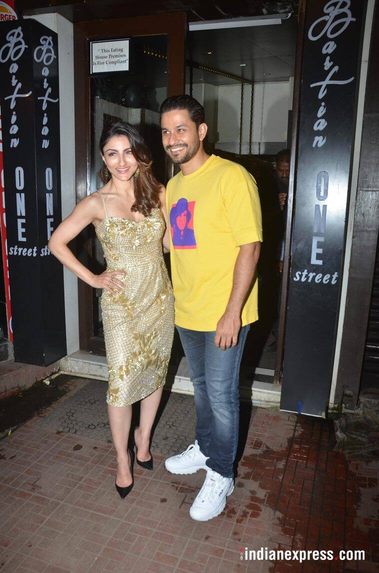 soha and kunal at Soha Ali Khan's birthday