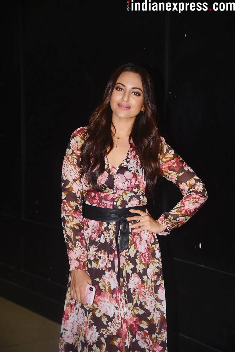 sonakshi sinha at loveyatri screening