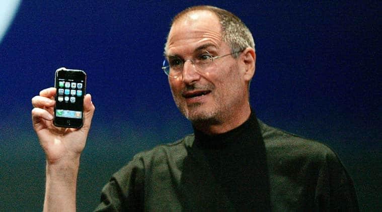 Apple, Steve Job, Steve Jobs death anniversary, Steve Jobs Apple CEO, Steve Jobs and Tim Cook, Tim Cook Apple CEO, Apple founder