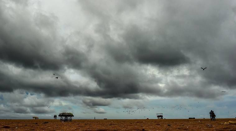 Tamil Nadu rain, Pondicherry rain, Puducherry rain, heavy rainfall, heavy shower, weather forecast, rainfall forecast, Chennai news, Indian express