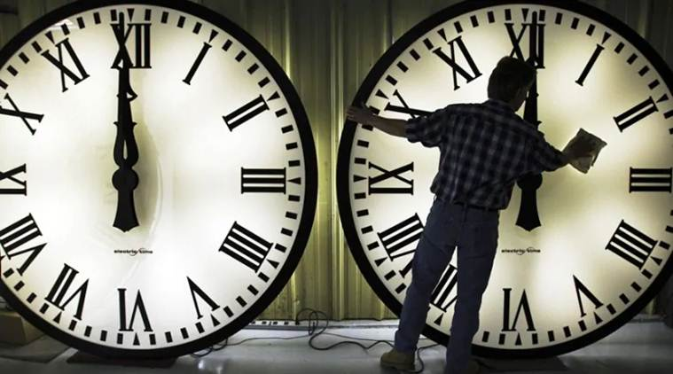 India separate time zones, Indian standard time, IST timning, GMT, northeast time zone, US time zones, india news