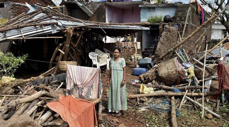 odisha cyclone, cyclone titli live updates, cyclone titli, odisha rains, West Bengal rains, West Bengal weather update, bay of bengal cyclone, andhra pradesh cyclone, india cyclone, odisha weather, India Meteorological Department forecast, imd weather, odisha cyclone live, indian express news