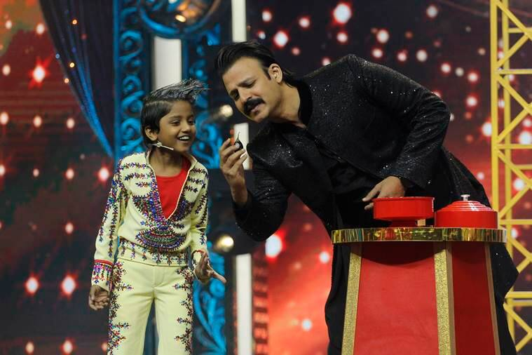 Vivek Oberoi turns magician on the sets of India's best Dramebaaz