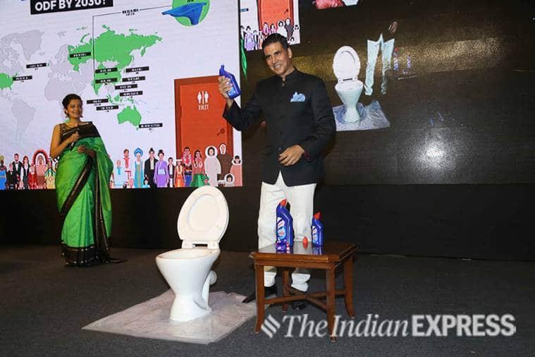 akshay kumar world toilet day summit