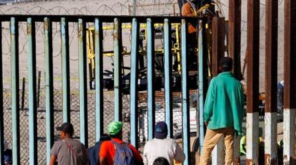 Central Americans stalled at US-Mexico border, mull workoffers
