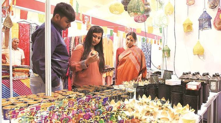 Craft bazaar, Craft bazaar in Chandigrah, traditional craft, Jaya jaitly craft revivalist, Chandigarh news, Indian Express, latest news