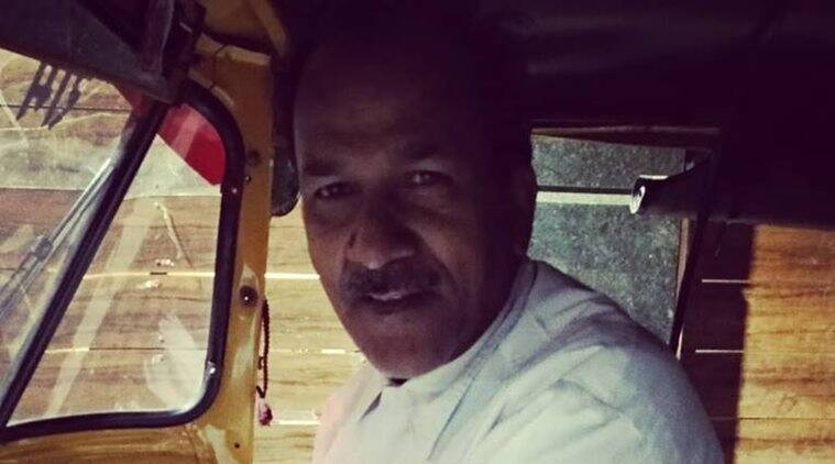 delhi auto, woman late night auto ride, driver help women late night, driver offer free service to woman, good news, indian express, viral news