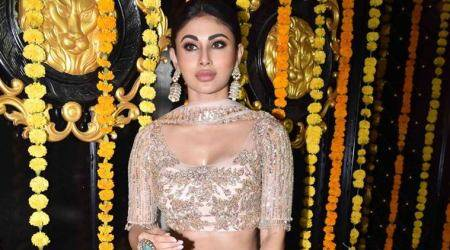 Mouni roy photos