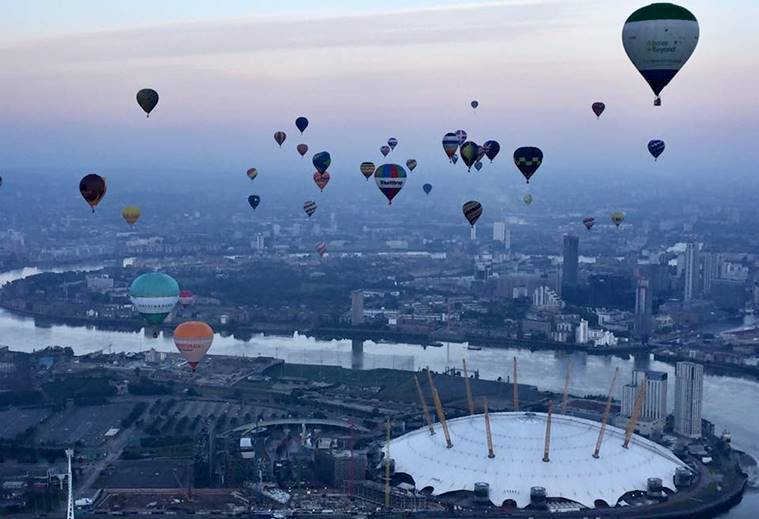 London, London hot air balloon, london landmarks