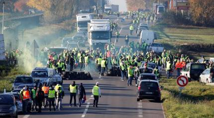 French protesters block roads over higher fuel taxes, one dead inaccident
