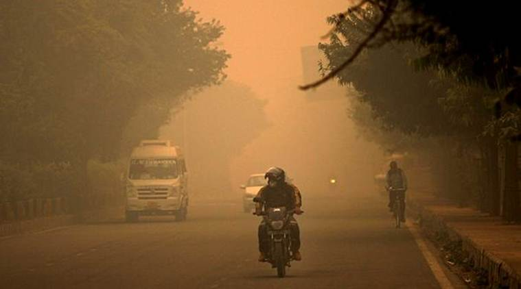 North India pollution LIVE updates: Delhi's air quality remains severe; at least 400 medium, heavy goods vehicles denied entry