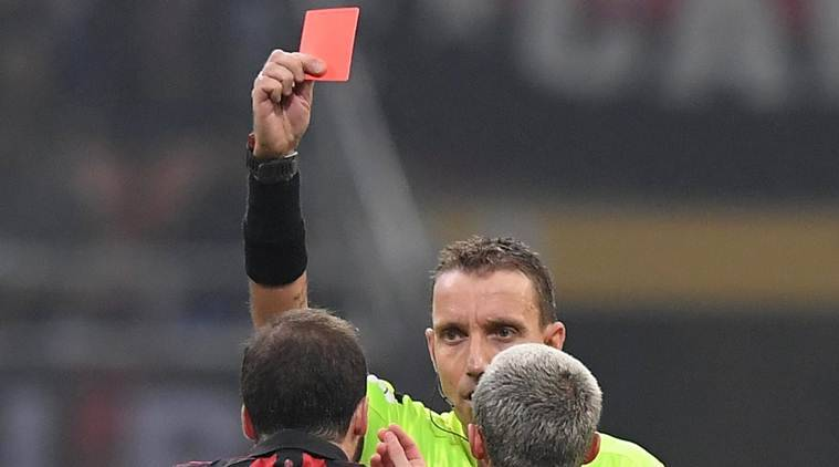 Gonzalo Higuain apologises for sending off in Juventus defeat thumbnail